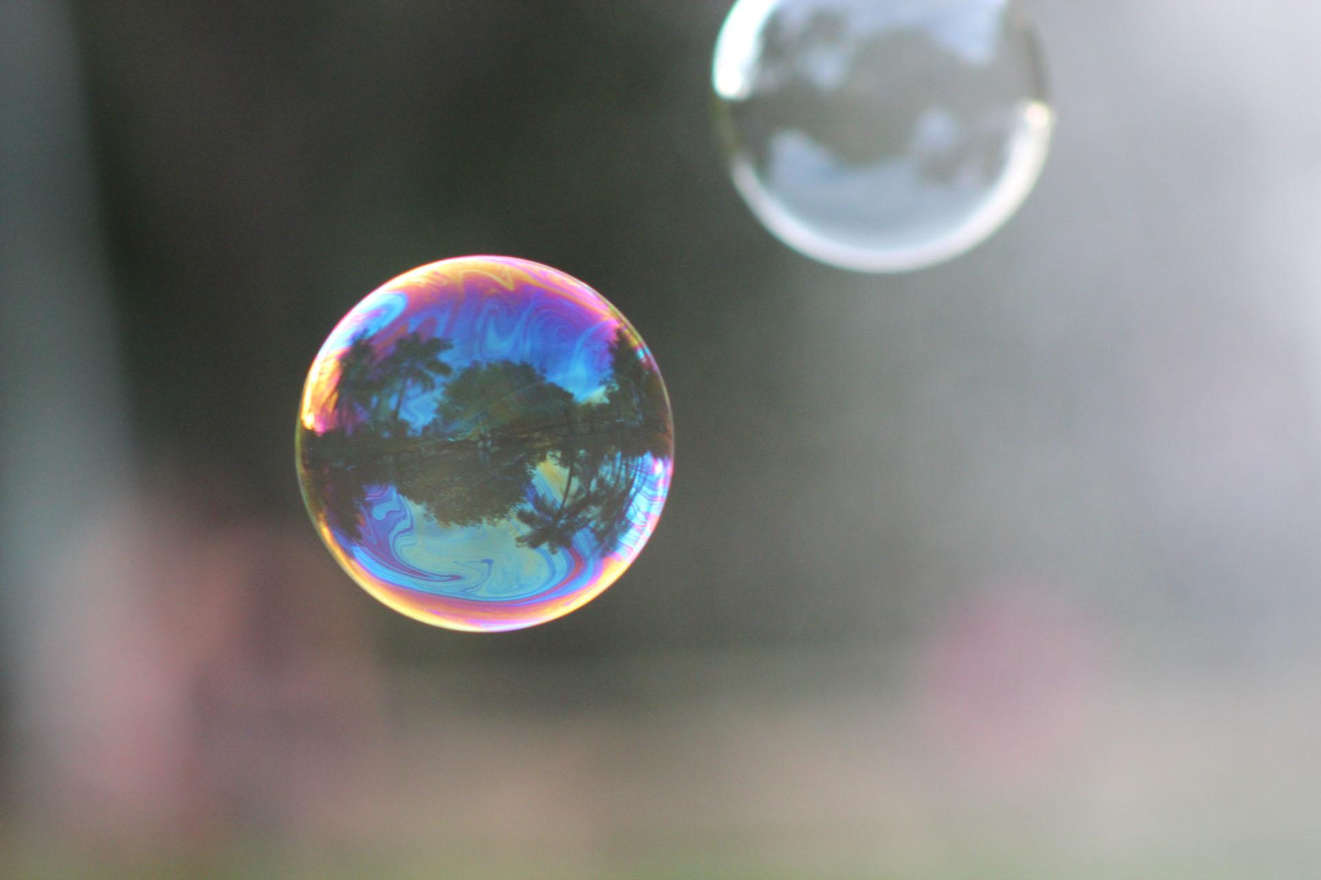 Fun In The Sun: Bubbles