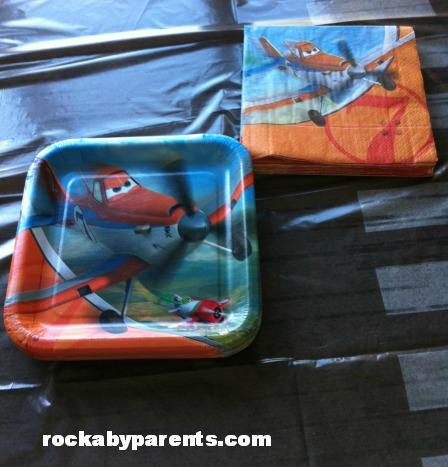Disney's Planes Plates and Napkins