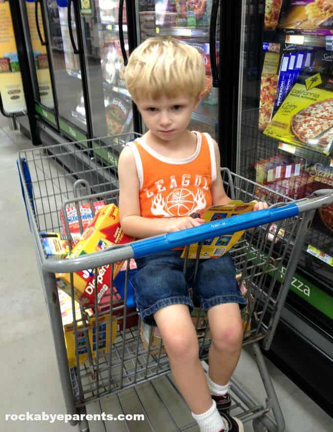 Preparing for our Snackation at Walmart - rockabyeparents.com