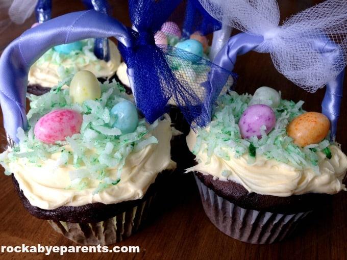 Cupcakes for Easter Dinner