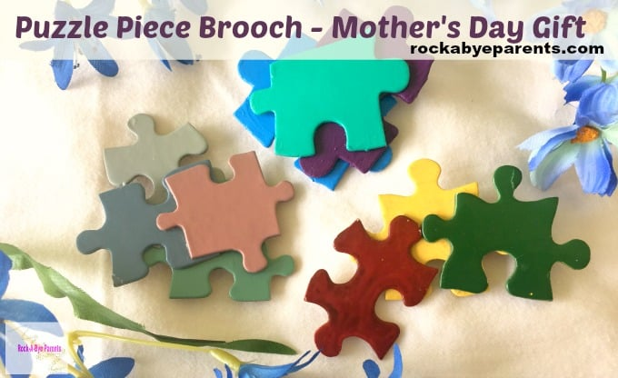 Give mom some jewelry for Mother's Day with this Puzzle Piece Jewelry Brooch. Your kids will have a blast making them too!