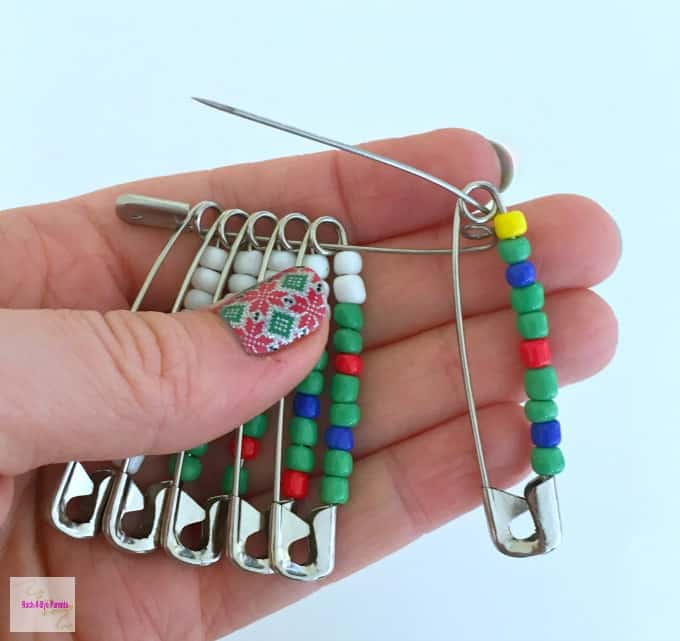 Christmas Bead Pin Assembly