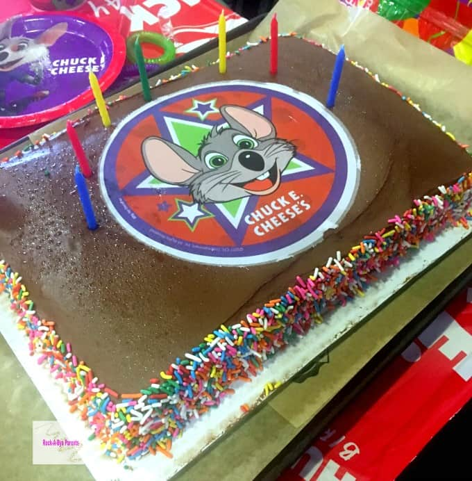 How to Easily Plan a Chuck E Cheeses Birthday Party