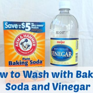 How to Clean Towels with Baking Soda and Vinegar